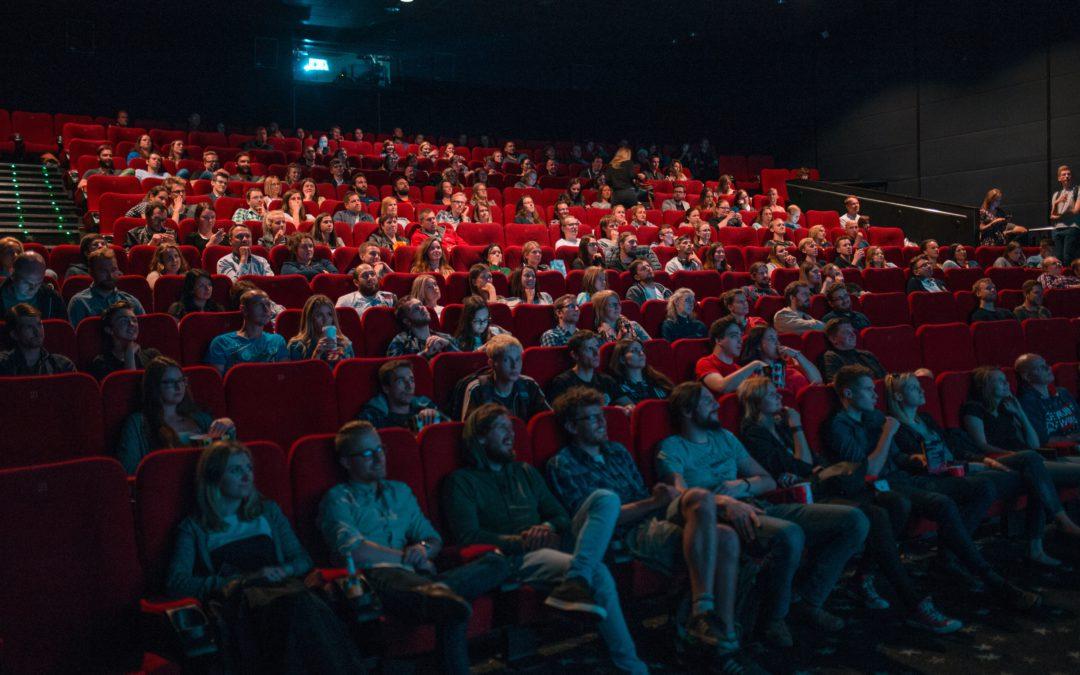 Filmes para pessoas com deficiência auditiva e visual